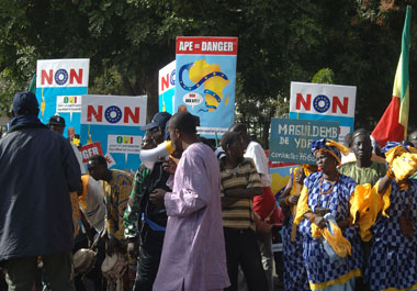 senegalese-demonstrators.jpg