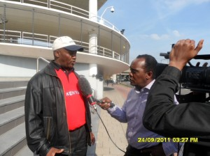 African Press International photo: Jeff Koinange of K24TV gives opportunity to a Kenyan to make known his views on the Kenya case.