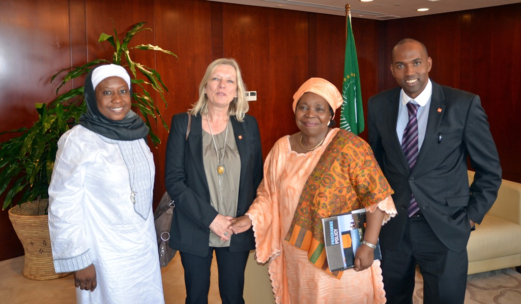 www.africanpress.me/ - Chairperson of the African Union Commission Dr. Dlamini Zuma and Toril Brekke, Acting Secretary General of NRC, concluded an agreement between AU and NRC at the AU headquarters in Addis Ababa, Ethiopia, on Friday 19th of April. Here they are photographed together with Commissioner of Political Affairs Dr. Aisha Abdullahi (to the left) and Hassan Khaire, Regional Director for NRC Horn of Africa (to the right). Photo: Erik Abild, NRC
