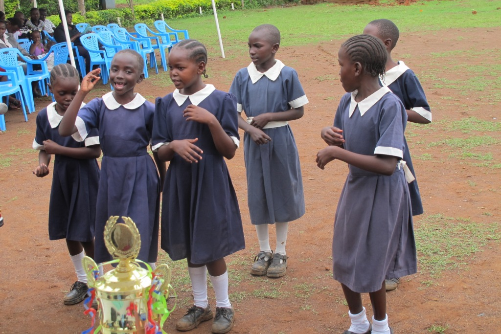 www.africanpress.me/ School girls in Kenya